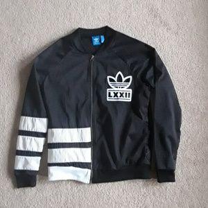 Adidas jacket size medium